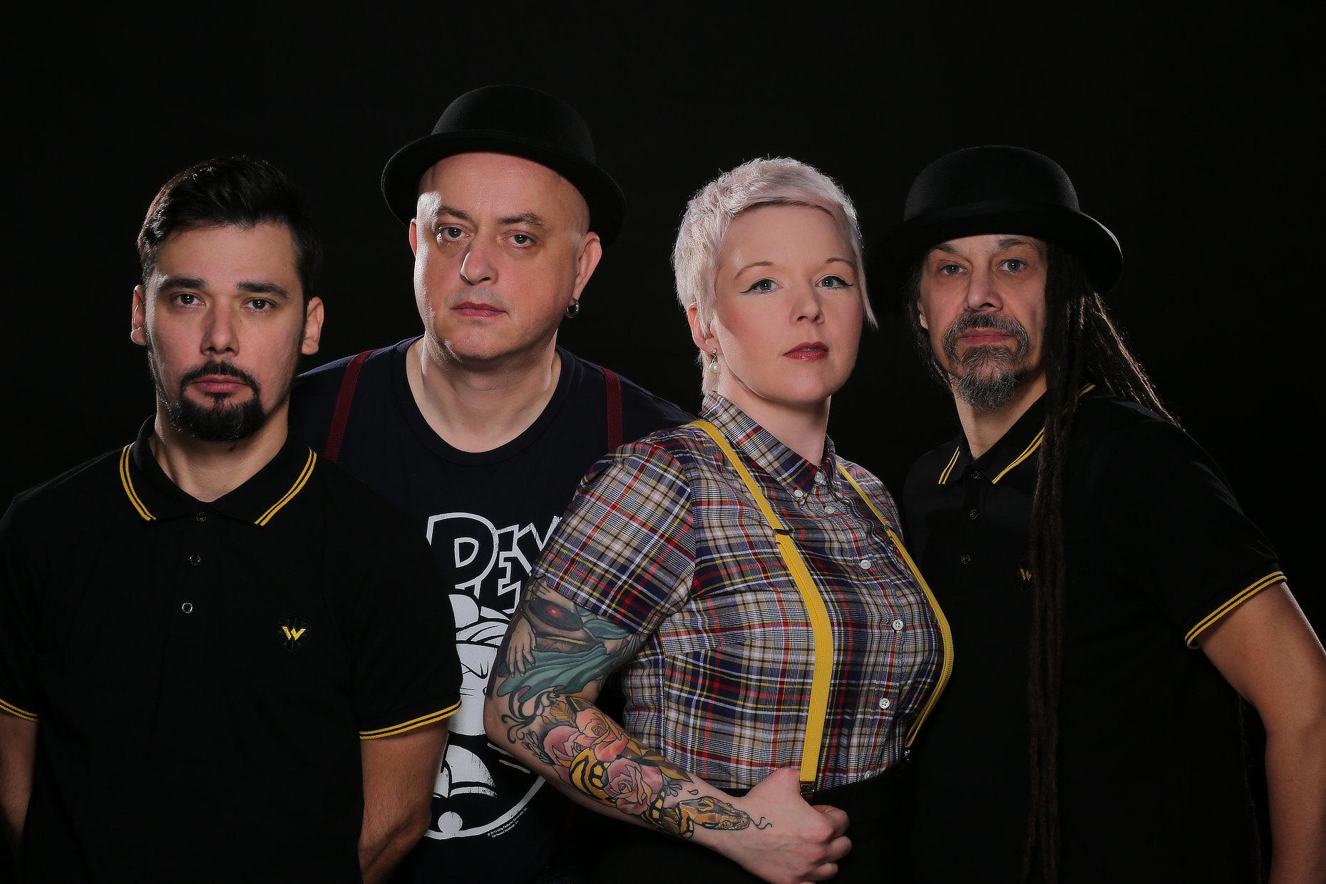 Johnny Reggae Rub Foundation - photo of the band